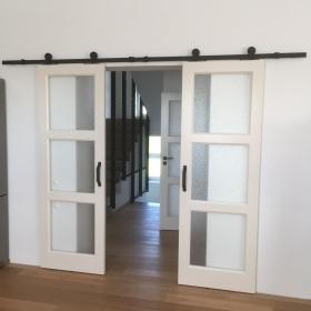Kazetové dveře včetně dvoukřídlých posuvných